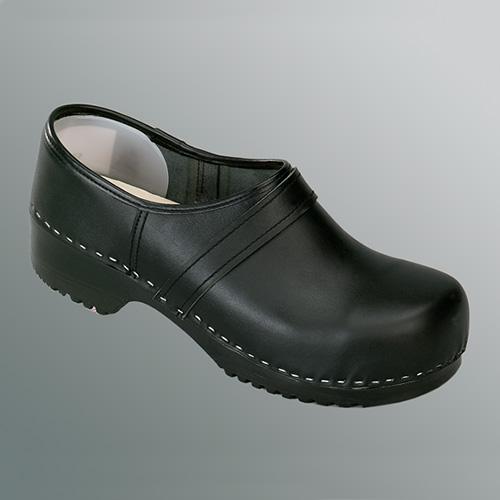 Dichte schoenklomp met pu zool